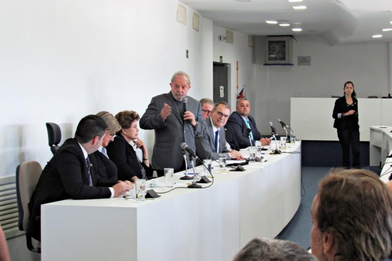 Lula e Dilma na UFSM (3)2
